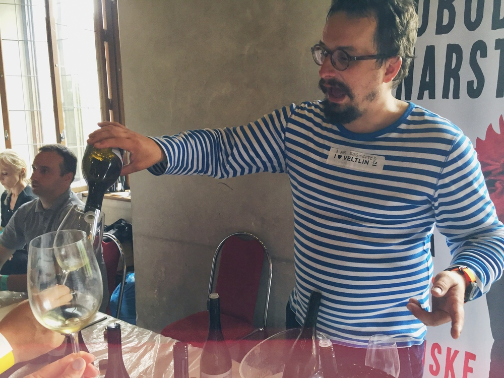 Michal, predstaviteľ najpražskejšieho slovenského vinárstva :-) S ktorým sme boli prúžkovo zladení