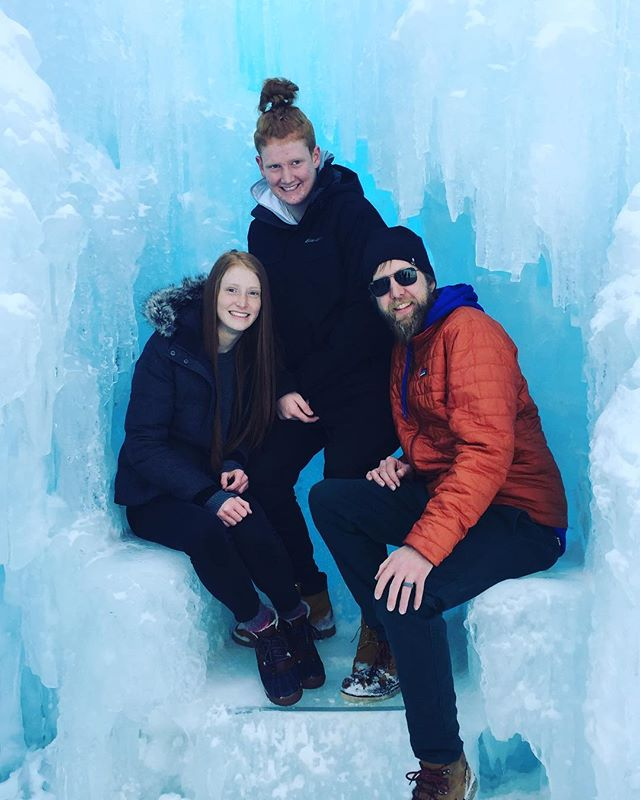 Sorry for the silence; Claire & the dog have been down for the count this weekend so we haven't been eating or drinking anything fun but Dan did get a chance to hit up the @icecastles_ with the niece and nephew for some Winter fun! 🏰 . . . . . . #Colorado #IceCastles #IceCastlesCO #WinterFun #WinterAdventure #Dillion #dillioncolorado