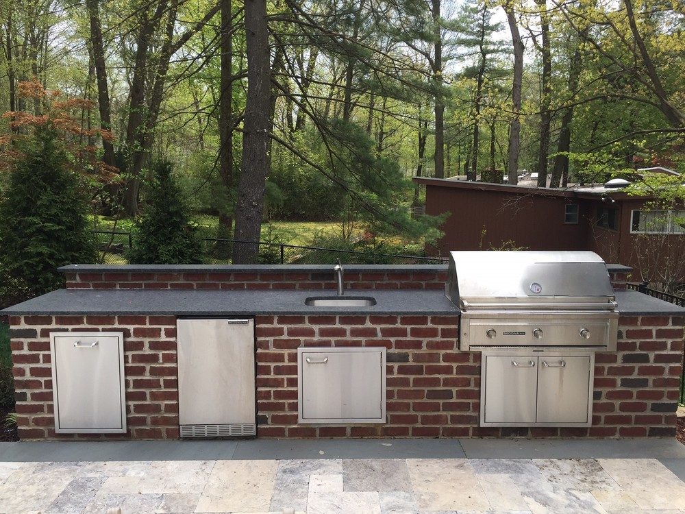 Distinctive-Design-Management_Englewood-NJ_outdoor-kitchen_3.jpg