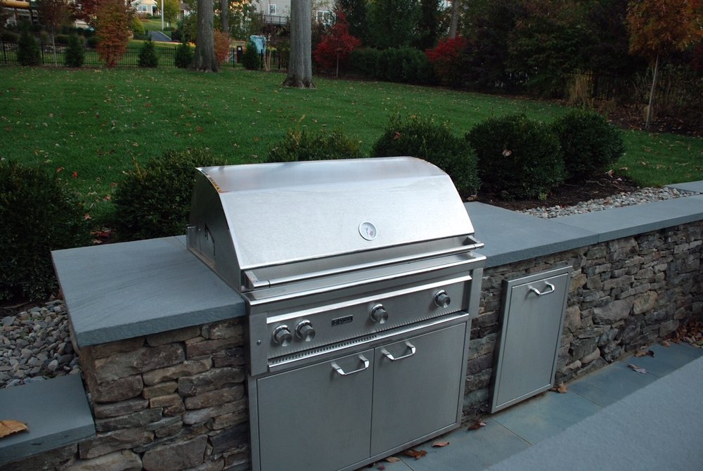 Distinctive-Design-Manage_Grill-area-design.jpg