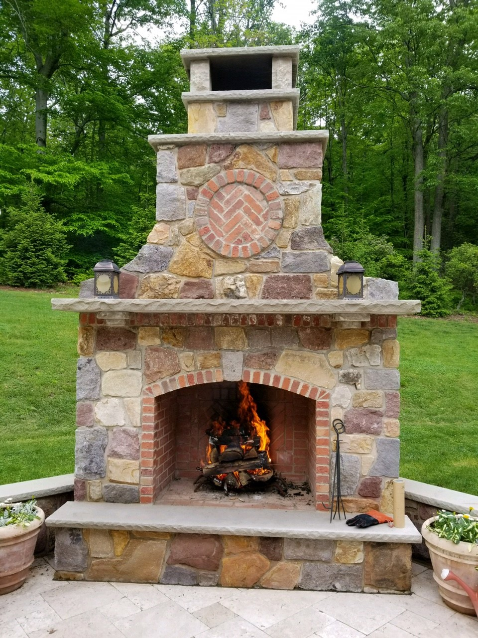 Distinctive-Design-Management_NJ-Outdoor-Fireplace-design.jpg