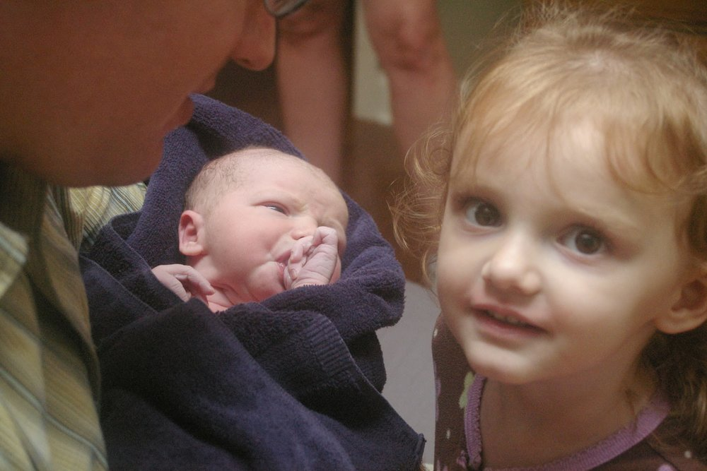 "Siblings at Birth! This is part of why I started teaching  ""siblings at birth"" classes for kids,  to help them get excited for a new baby and know what to expect, in an age appropriate way.  A beautiful way to help siblings bond."