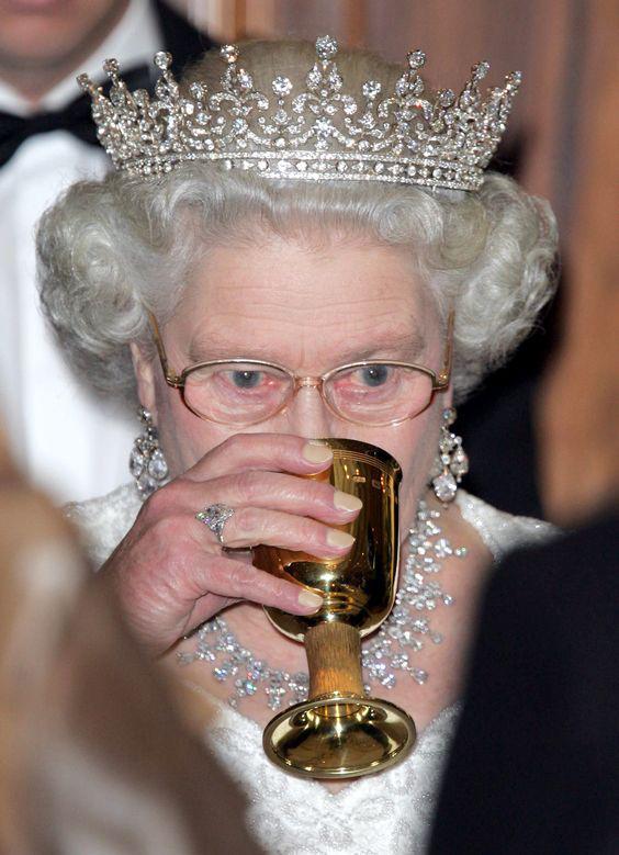 Queen Elizabeth in Miso