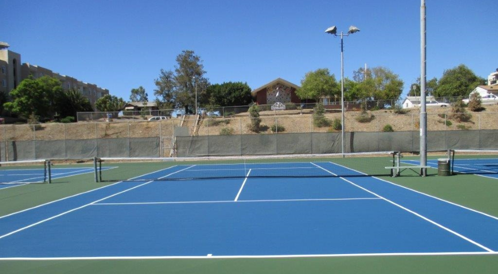 Colina Tennis Courts