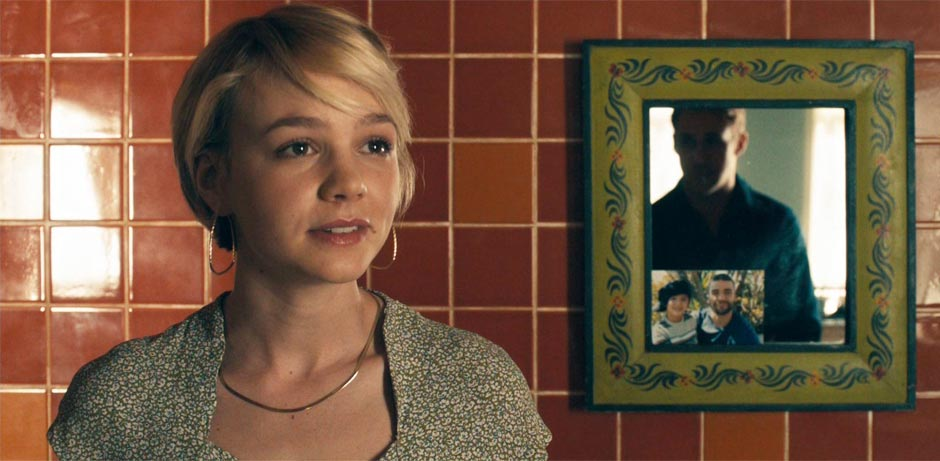 Carey-Mulligan-and-Ryan-Gosling-in-Drive-2011-Movie-Image-2