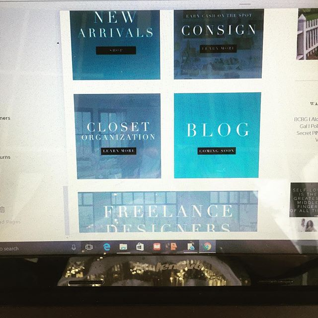 Spending this #Saturday #working on reformatting and relaunching my #website!  And I'm enjoying every bit of it🤗. #happysaturday #consignment #freelancedesigner #workflow #closetorganizers #newarrivals #squarespace