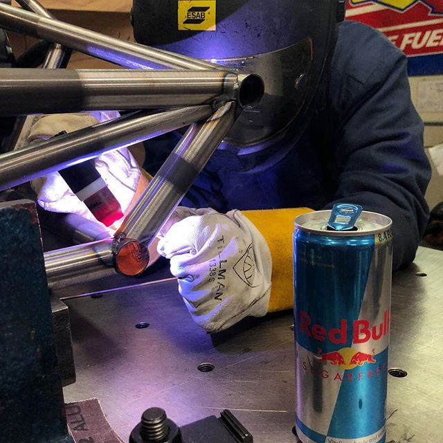 Thankful for our amazing sponsors and these🔥welds. Thank you both for keeping us together! #blessed🙏 . . . #fsae #formulastudent #amazing #sponsors #motorsport #competition #clemson #tigers #racing #speed #allin #engineering #welding