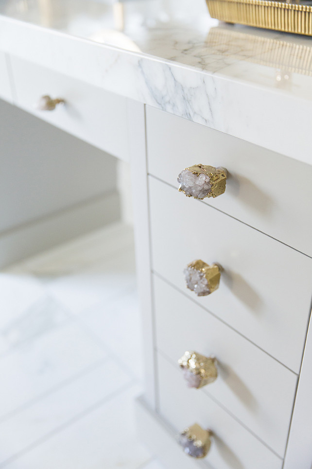 Knob-Ideas.-Cabinet-Knobs.-Stone-Knob.-Cabinet-knobs-are-the-Crowned-Quartz-Knob-by-Anthropologie.-CrownedQuartzKnob-Anthropologie-Knobs-Stoneknobs-Quartzknob-Alice-Lane.-.jpg