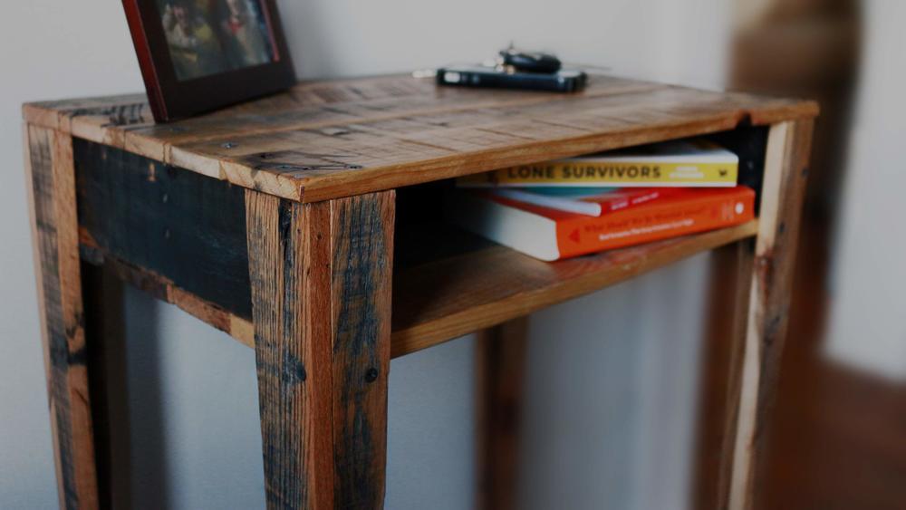 side_table_IMG_4736.jpg