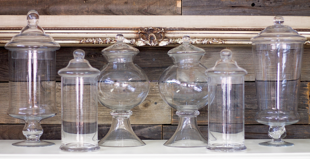 Med Apothecary Jars $12