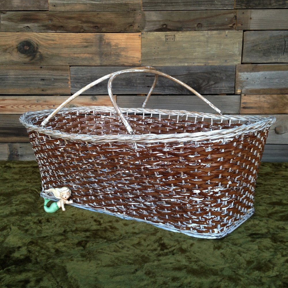 Large  Chippy Basket $8