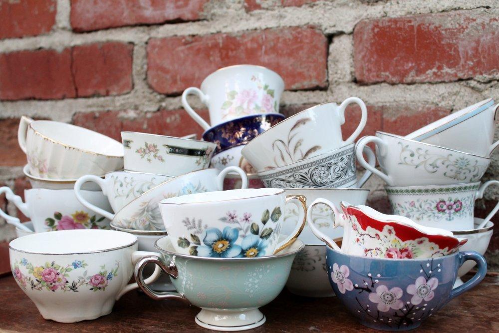 Tea Cups & Saucer $1