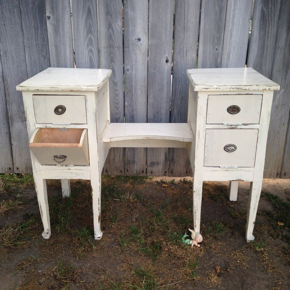 Shabby Candy Table Vanity $25