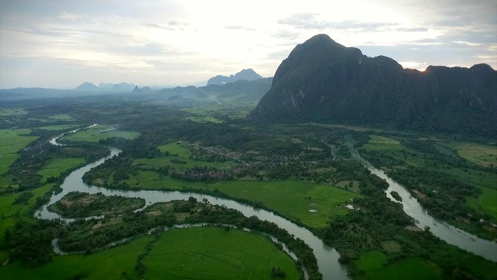 Laos, 2015
