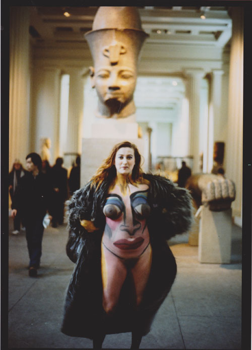 Christine Binnie photographed by Wilma Johnson at the British Museum 1982