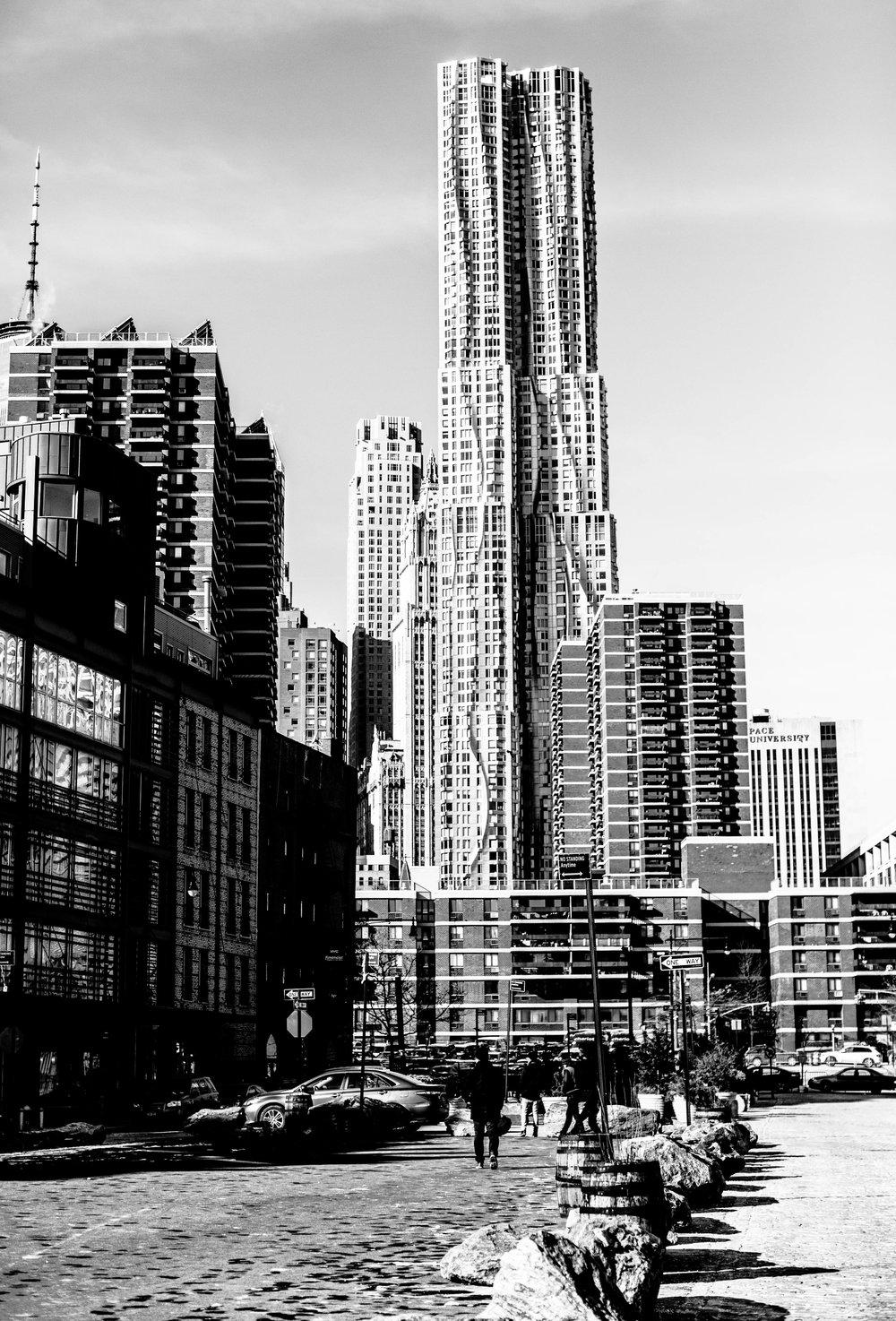 building nyc black and white (1 of 1).jpg