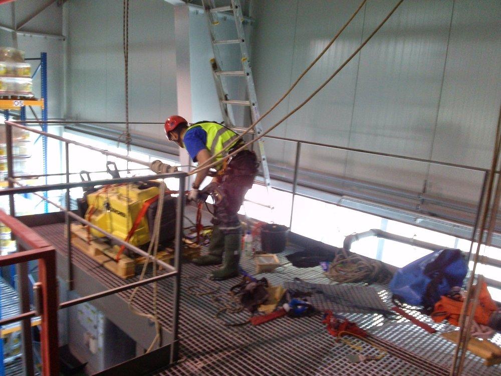 czyszczenie zbiorników inspekcja