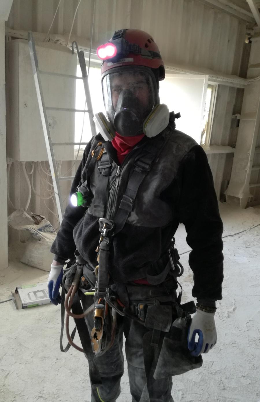 Czyszczenie zbiorników/ Silosów alpiniści przemysłowi