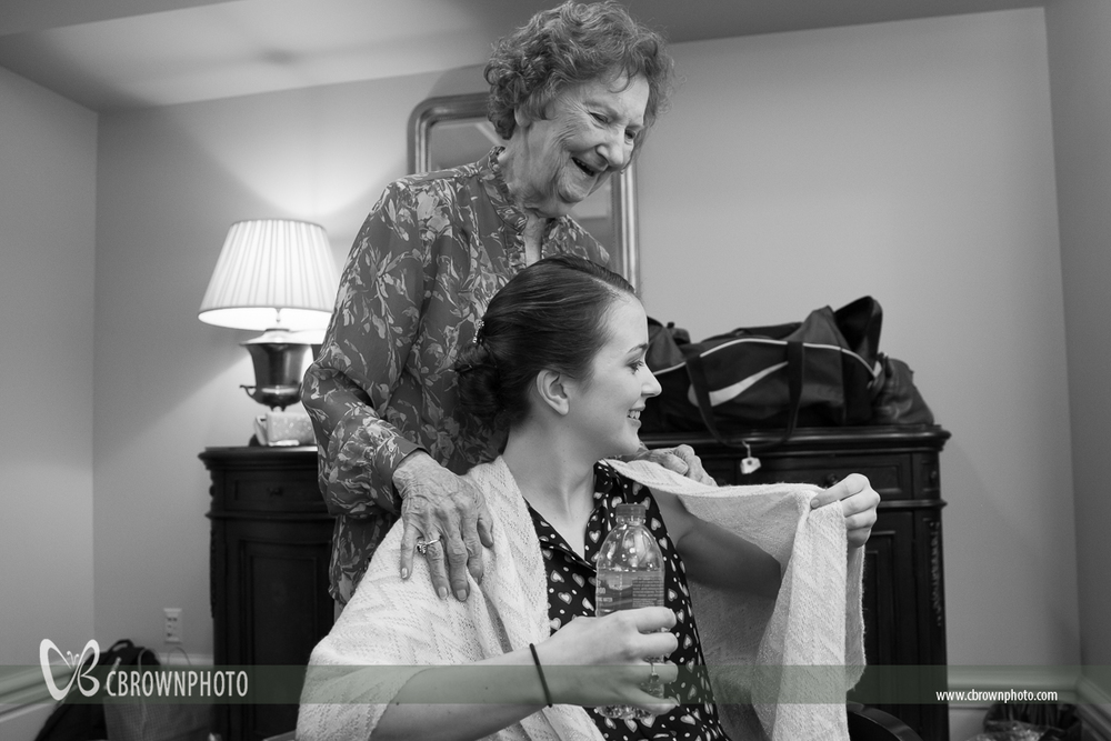 Bride and Grandmother before wedding