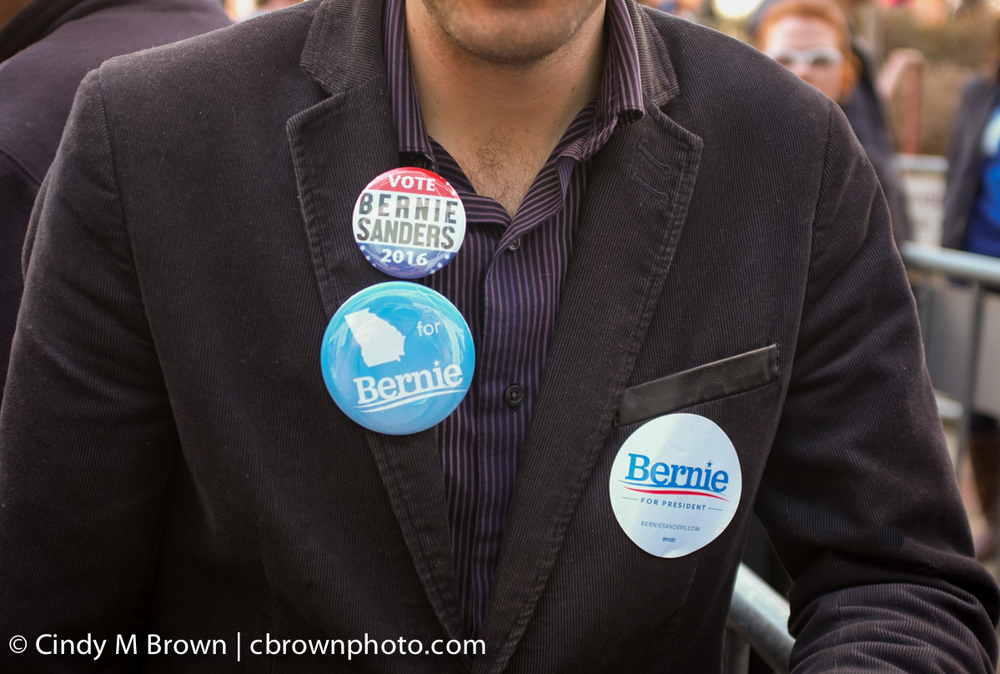 DO20160216-Bernie-Buttons1005.jpg