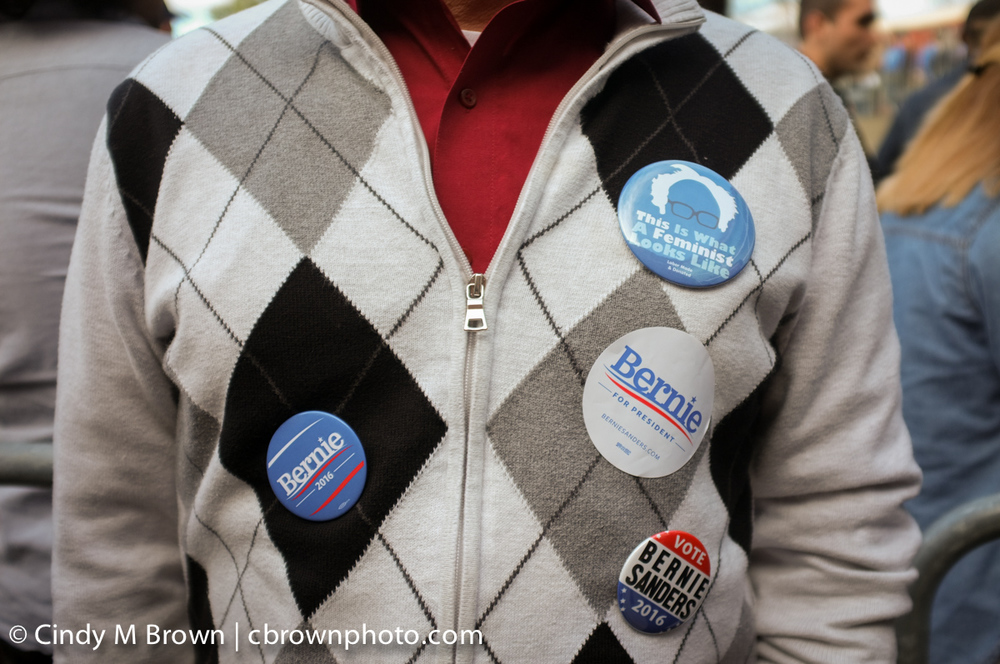 DO20160216-Bernie-Buttons1008.jpg