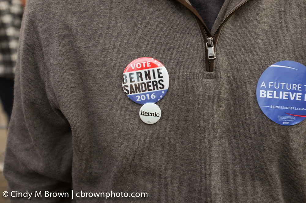 DO20160216-Bernie-Buttons1011.jpg