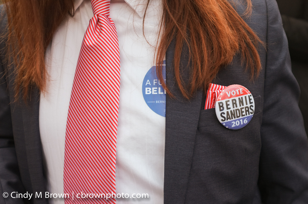 DO20160216-Bernie-Buttons1013.jpg