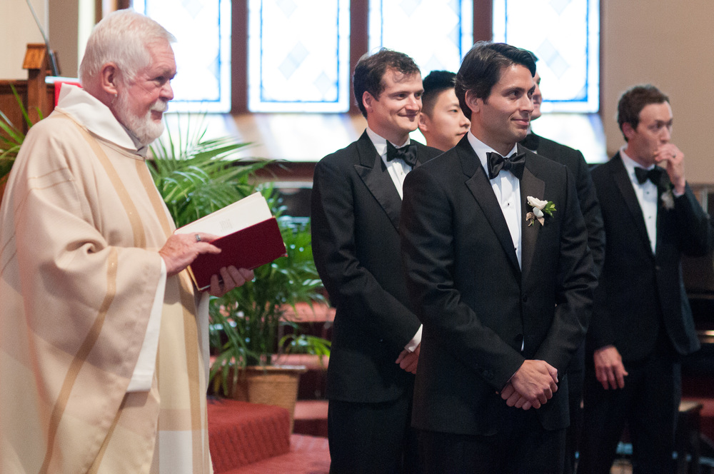 groom-watching-bride