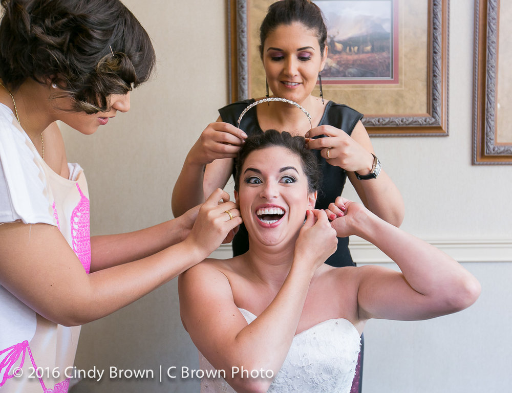 getting-ready-wedding-photo.jpg