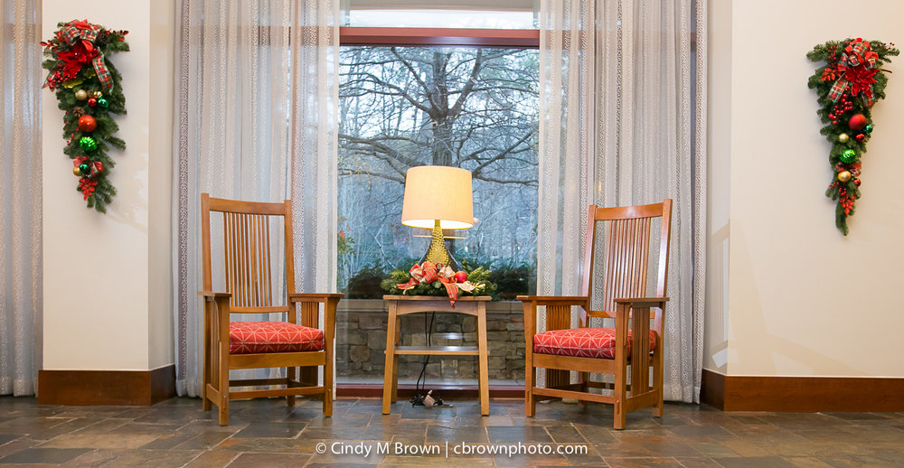 holiday-decor-emory-conference-center