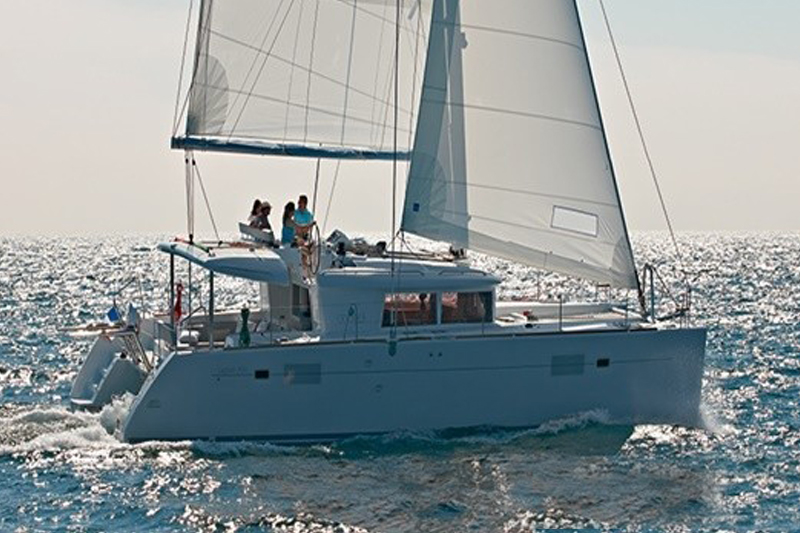 LAGOON 450 45ft Length | Sleeps 8 guests Catamaran with air-conditioning, four cabins sleep 8 guests. £1,230 pp*/week