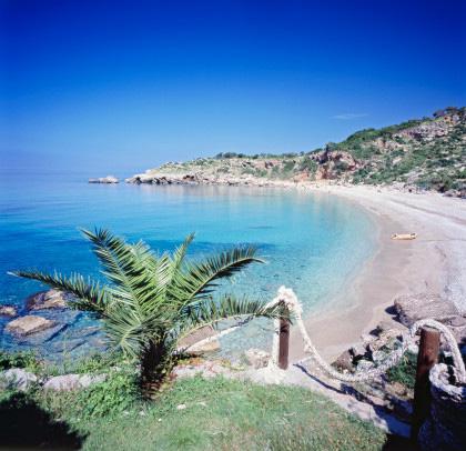 Drobni Pijesak beach montenegro