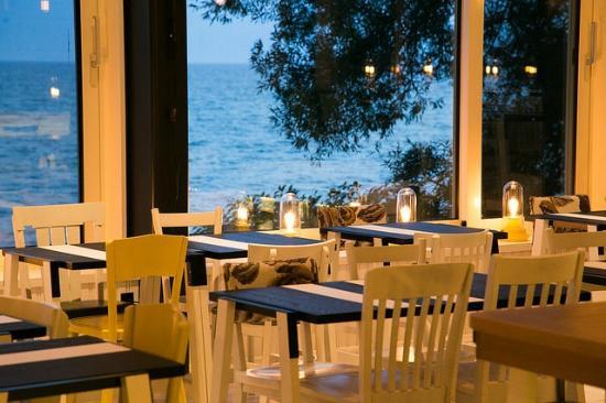 Drake Devonshire Inn Restaurant
