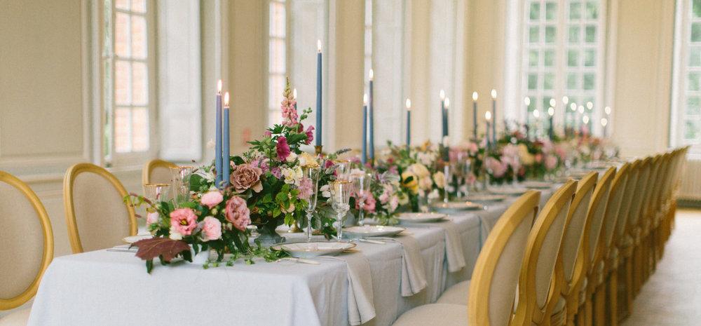 table setting france.jpg