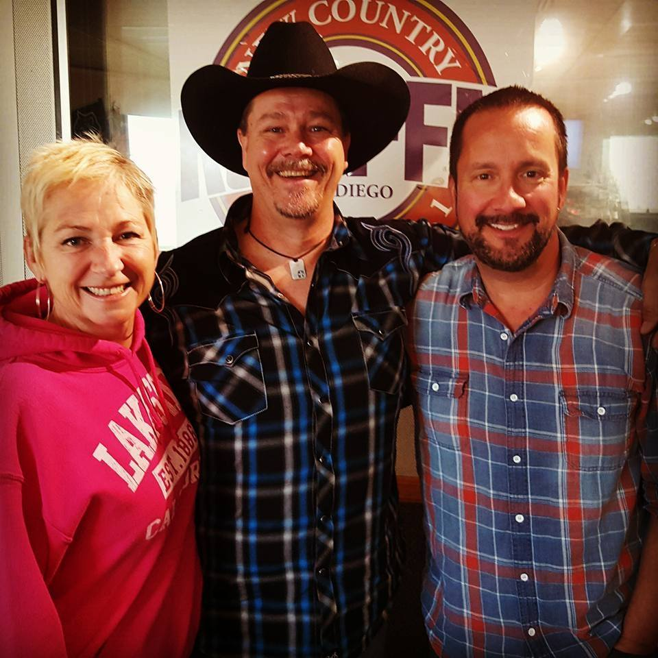 Ron with John & Tammy - KSON 92.1 FM