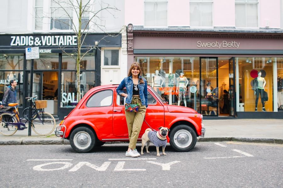 honeyidressedthepug-nottinghill-london-vintagecars-pug-puglife-pugswag-pugfashion-dog-petfashion-bandana-stripes-fawn-streetstyle-londonstreetstyle-cars-pippolli-red