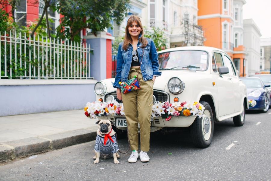 honeyidressedthepug-nottinghill-london-vintagecars-pug-puglife-pugswag-pugfashion-dog-petfashion-bandana-stripes-fawn-streetstyle-londonstreetstyle-cars-pippolli-white-fiat-whitefiat-whitefiatwithflowers-bohemiancar