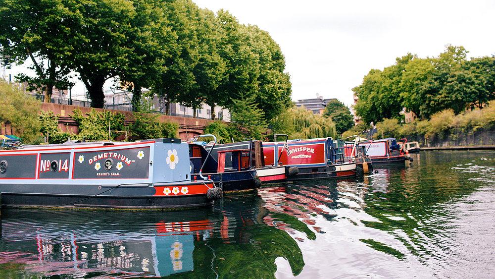 honeyidressedthepug-dogblog-dogfriendlyblog-thingstodowithyourdog-boatingwithdog-dogfashionblog-petfashionblog-goboatlondon-petblogger-humanandhound-fashionandlifestyle-londonpetblogger-topdogblog-puglife-pugonaboat-boatingwithdog-londoncanals15.jpg