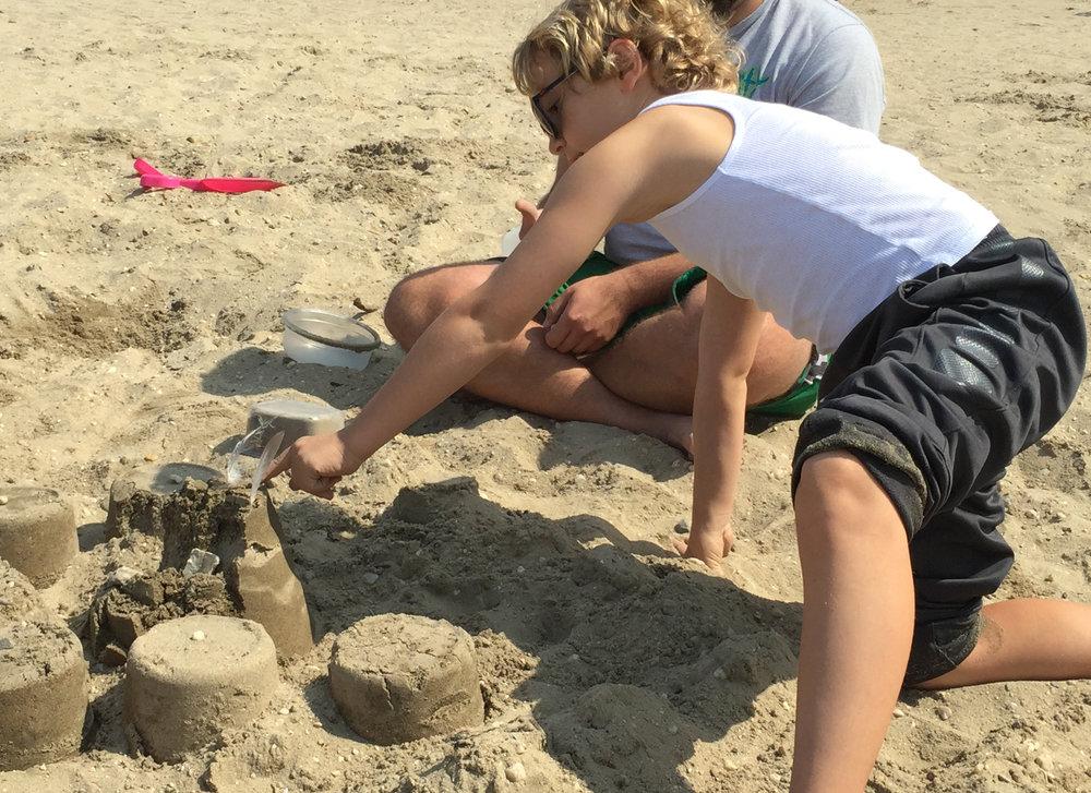 Austin Builidng Sandcastles SC Beach 2017.jpg