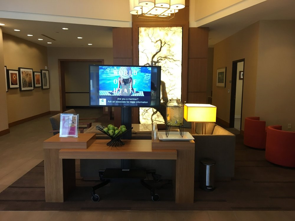 HYATT PLACE LINCOLN/DOWNTOWN-HAYMARKET LOBBY