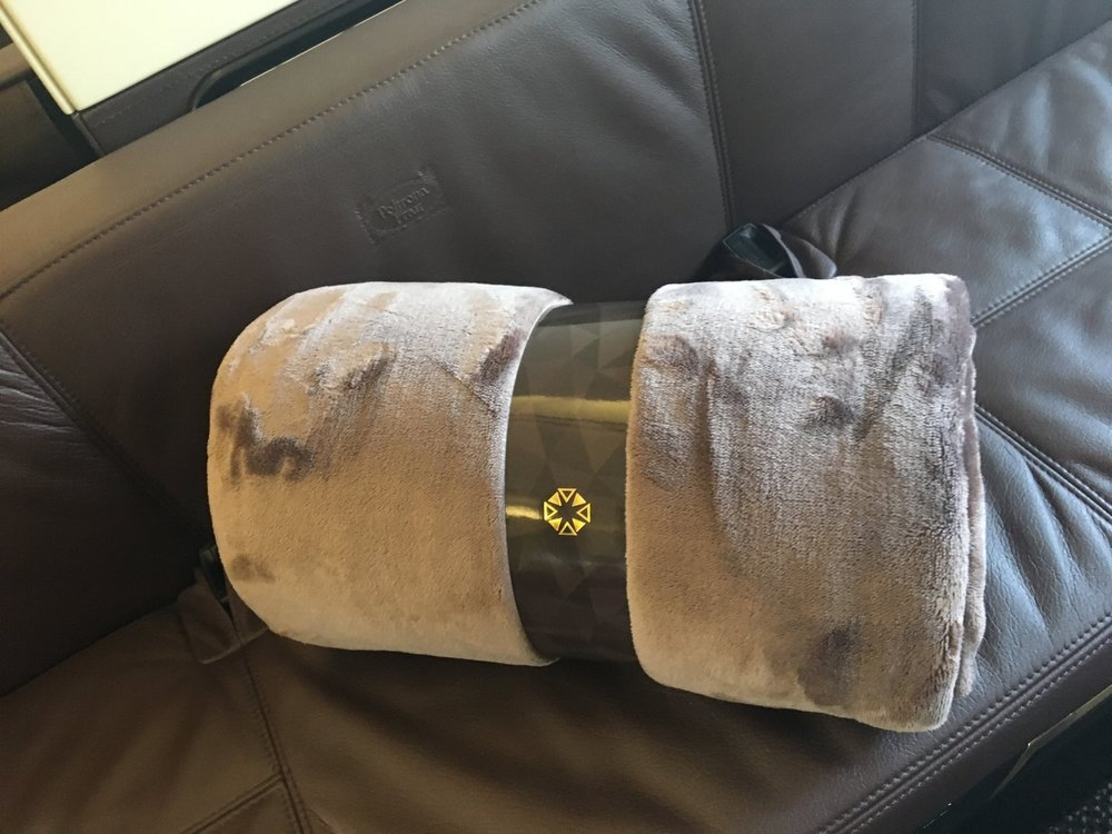 ETIHAD A380 FIRST CLASS APARTMENT BLANKET