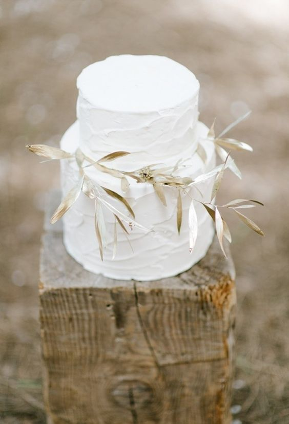 White and Gold Wedding Cake from  Nelle Cakes  as seen on  Sweet Violet Bride | Photo by  Yolande Marx