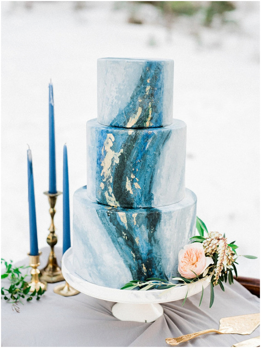 Blue Marbled Wedding Cake by  Las Vegas Custom Cakes  | Photographed by  Kristen Joy Photography  | As seen on 1 00 Layer Cake