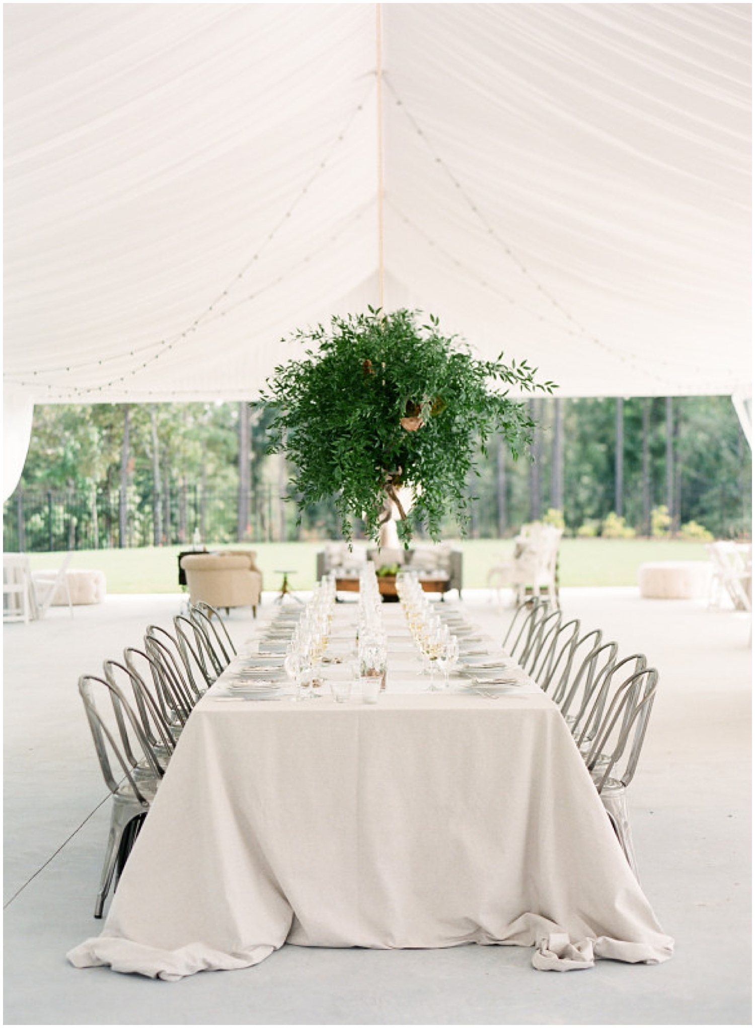 A simple and neutral wedding tablescape as seen on  The Overwhelmed Bride  | Photo by  Buffy Dekmar