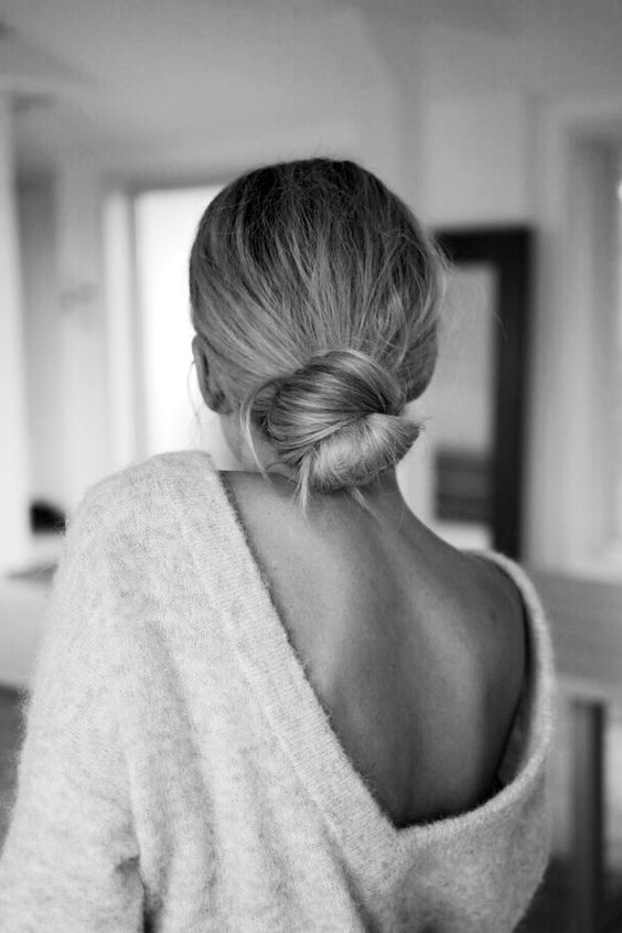 This low bun as seen on  Le Fashion