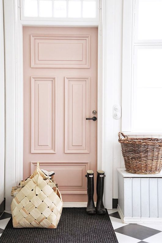 This blush pink door spotted on  Pompeii