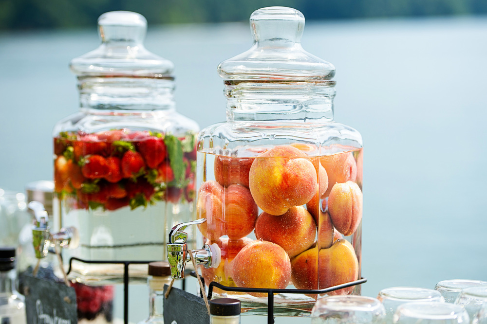 Peach Moonshine at Wedding | Bespoken www.bespokenweddings.com