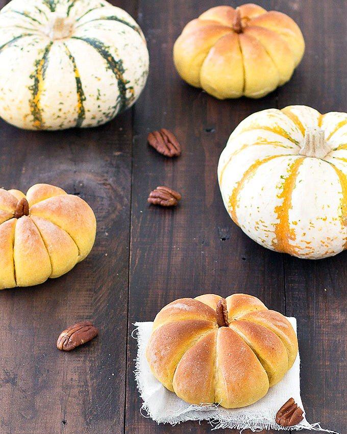 Pumpkin Dinner Rolls from As Easy as Apple Pie