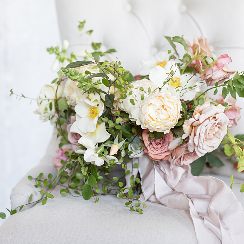 Image:    Ryan & ALyssa Photography    | Floral Designer:    Kate Asire Flowers