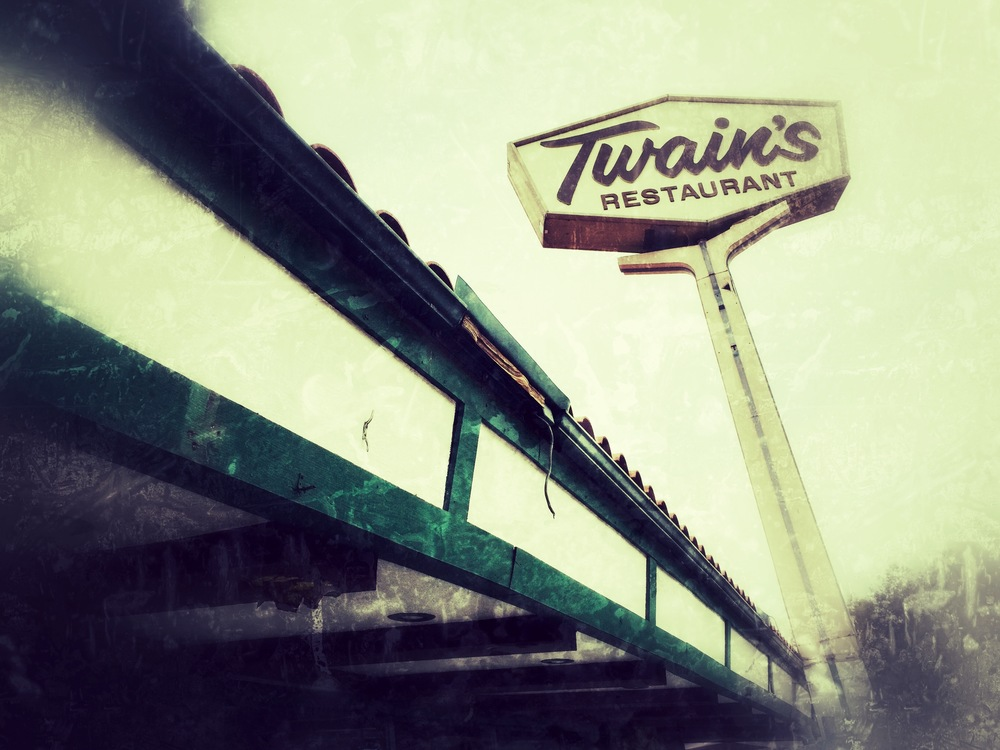 Twain's diner - on the corner of Coldwater Canyon and Ventura Boulevard.